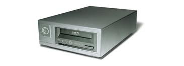 Quantum製 DAT72 シングルテープ装置